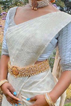 Bridal Sarees South Indian, Indian Bridal Fashion, Indian Fashion Dresses, South Indian Bride, Indian Wedding Outfits, Indian Designer Outfits, Indian Outfits, Half Saree Designs, Bridal Blouse Designs