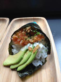 citrus salmon temaki sushi