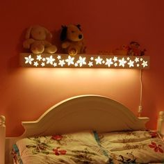 great idea for kids' bedroom as reading light