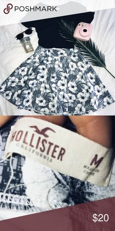 Hollister Grey floral print skirt Slightly worn but no damages or stains! Super cute and is great paired with the black Hollister crop too! Super soft material! Hollister Skirts Circle & Skater