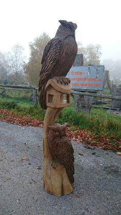 Kettensägenkunst Vogelhaus