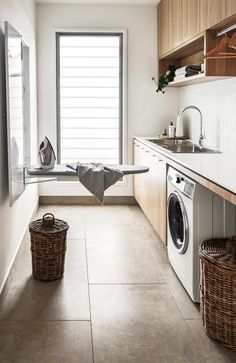 Here's some functional design ideas for kitchen organisation. Learn how to make the best use of your kitchen storage space. Modern Laundry Rooms, Laundry Room Layouts, Farmhouse Laundry Room, Laundry Room Organization, Laundry In Bathroom, Laundry Closet, Outside Laundry Room, Ikea Laundry Room, Laundry Room Countertop