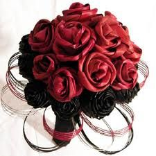 hapene flax weaving - Google Search Flax Weaving, Weaving Art, Flax Flowers, Fabric Flowers, Maori Art, Container Flowers, Beautiful Hands, Wreath Ideas, Rose