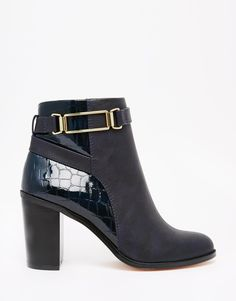 Incoming: seriously cute boots <3