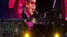 Fireworks cap off all-star Diamond Jubilee concert