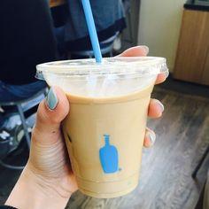 드디어 저도 먹습니다  . . #샌프란시스코 #유니온스퀘어 #아이스라떼 #라떼 #블루보틀 #미국서부 #샌프란 #coffee #icelatte #bluebottle #latte #미션스트리트 #모닝커피 by choiyoungju__
