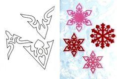 Sweet Home: paper snowflakes (Diy Paper Snowflakes) Paper Snowflake Template, Paper Snowflakes, Snowflake Pattern, Christmas Snowflakes, Christmas Deco, Christmas And New Year, Christmas Crafts, Diy Paper, Paper Art