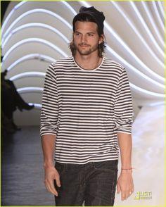 Ashton Kutcher mmmm striped t beanie beard hair fashion men celeb Style tumblr jeans denim