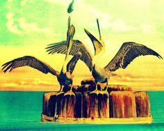 Vintage Beach Decor - http://www.brayhomes.com/9978/vintage-beach-decor #homeideas #homedesign #homedecor