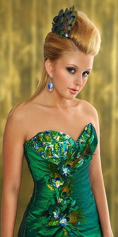 CLICK THIS PIN TO SEE THE ENTIRE COLLECTION THIS SEASON... ...