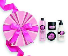 Διαγωνισμός JOY: 3 τυχερές κερδίζουν από ένα σετ περιποίησης British Rose Deluxe της The Body Shop