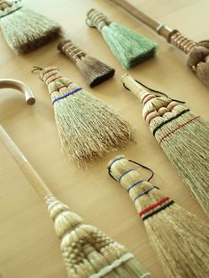 "Japanese ""Osoji"", Cleaning Tools for New Year Guarantees Fresh Start