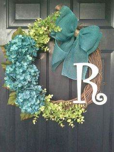 Love this wreath design and great color combination