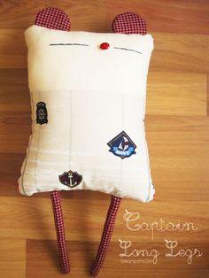 b e a n i p e t: Captain Long Legs