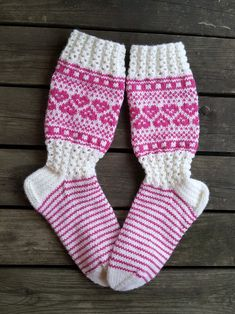 Knitting Socks, Knit Socks, Knitting Ideas, Leg Warmers, Knit Crochet, Photo And Video, Crocheting, Hama, Fabrics