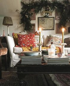 Best Home Decorating Stores Decor, Room, Interior, Home Decor, Country Cottage Decor, Christmas Interiors, Cottage Interiors, English Decor, Cozy Room