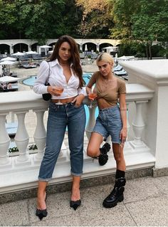 Singers, Mom Jeans, Celebrities, Memes, Girls, People, Pants, Style, Fashion