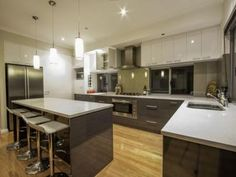 Pendant lighting in a kitchen design from an Australian home - Kitchen Photo 7850525