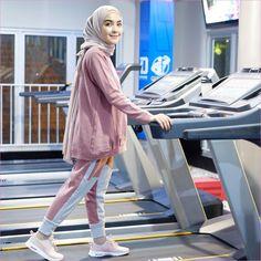 15 more sporty outfits hijab casual ; Hijab Casual, Casual Outfits, Hijab Chic, Stylish Hijab, Mode Outfits, Sport Outfits, Fashion Outfits, Modern Hijab Fashion, Muslim Fashion