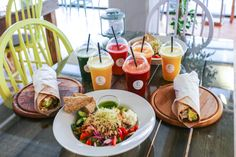 Juice, smoothie, wraps & salads from will. Salads, Table Settings, Anna, Wraps, Juice Smoothie, Instagram, Table Top Decorations, Rap, Place Settings