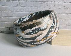 Hand-painted wooden bracelet - Zebra Pattern - With brown and golden - Abstract art - Stripes - Black and white