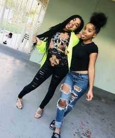 Alyssa and myia Matching Outfits Best Friend, Best Friend Outfits, Bff Goals, Best Friend Goals, Squad Goals, Cute Swag Outfits, Girl Outfits, Fashion Outfits, Fashion Tips