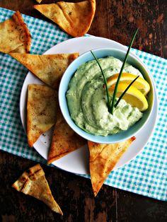 sweetsugarbean: The Skinny: Creamy Kale & Avocado Dip