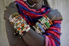 Amazing Uru African rough diamond bracelets made in a tribal fashion. Love Bracelets, Handmade Bracelets, Handcrafted Jewelry, Unique Jewelry, Diamond Bracelets, Bijoux Masai, Tribal Fashion, African Fashion, African Traditions