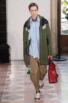 Valentino Spring 2018 Menswear Fashion Show Collection