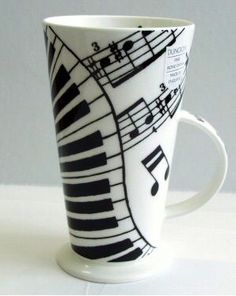 A fabulous mug! Piano keyboard in your hand!