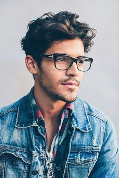 Macho Moda - Blog de Moda Masculina: Óculos de Grau no Visual Masculino, pra inspirar! óculos de grau, moda masculina, moda para homens, óculos masculino, jaqueta jeans, cabelo bagunçado masculino, barba rala