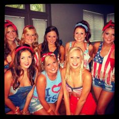 """""""4th of July"""" theme. hey there we are... Hahahah why the hell is this on Pinterest??"""