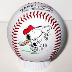 Snoopy Baseball   ok this isnt cardnial, but its too cool, not to put on my baseball board!