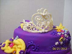 tangled birthday cake | Cakes By Chris: Tangled (Repunzel) Cake ... But with a real/plastic tiara instead