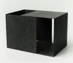 SERGIO CAMARGO,Cubo aberto, 1958-59, ferro.