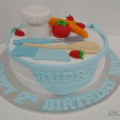 #baker #chef #tomato #spatula #carrot #apron #cake #dlish Birthday Cakes, Carrots, Apron, Unisex, Desserts, Food, Meal, Anniversary Cakes, Deserts