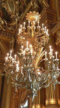 Opéra, Palais Garnier - Grand Staircase - Close-up of Chandelier