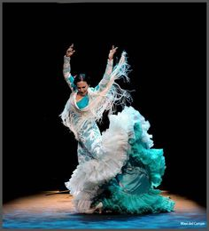 After a Silence, Flamenco Speaks Again - La Lupi Shall We Dance, Lets Dance, Fred Astaire, All About Dance, Spanish Dancer, Kinds Of Dance, Dance Movement, Dance Fashion, Dance Photos