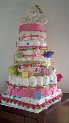 Diaper Cake: Baby shower gift!