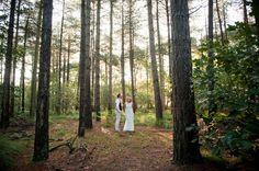 #romantisch #bruiloft #fotoshoot #inspiratie #loveshoot #bos #zonsopgang   Een romantische wedding shoot bij zonsopgang   Fotocredit: Cfoto