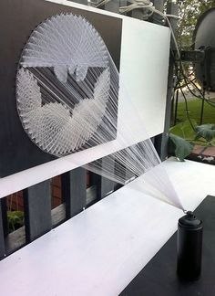 String Art Batman Signal! Soooo cool! I won't go and say that I wanna do this cuz I know I never will... Ill just stick to the simple stuff:)