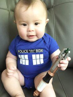 Doctor Who Style Tardis Baby Gilet Babygrow Cadeau Garçon Fille Police Box personnalisé