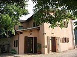 Holiday homes / apartments in Borgiano, Nr. Spoleto, Umbria, Italy. IT300