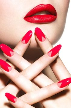 Are you ready to create your own V shaped nail art design? Get a little inspiration from the awesome nail art designs! Gel Manicure Nails, Red Nails, Hair And Nails, Nail Polish, Chevron Manicure, Manicure Ideas, Stiletto Nails, Half Moon Manicure, Nagellack Trends