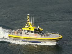 pictures of pilot boats   Pilot Boats - Pacific Navigator / Pacific Scout