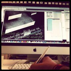 Diseñando a tope! #diseño #design #apple #creatividad #illustrator #wacom #acero