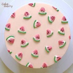 Cake Decorating Frosting, Cake Decorating Designs, Creative Cake Decorating, Cake Decorating Videos, Cake Decorating Techniques, Creative Cakes, Cake Designs, Food Cakes, Cupcake Cakes