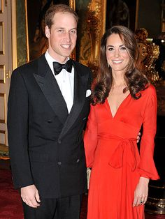 The Royal Baby is here! Kate Middleton gave birth on 22 July to a baby boy. Get more news on Prince William and Kate Middleton's baby. Duchess Kate, Duke And Duchess, Duchess Of Cambridge, Prince William And Catherine, William Kate, Princess Style, Princess Kate, Casual Wedding Guest Dresses, Wedding Attire