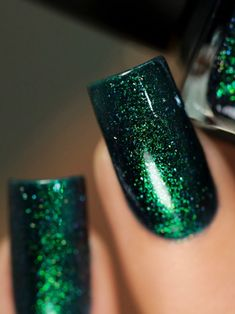Riddle Me This - Deep Blue Holographic Shimmer Nail Polish by ILNP Green Nail Polish, Gel Polish Colors, Nail Polish Art, Green Nails, Nail Colors, Nail Art, Teal Nails, Nail Polishes, Manicures