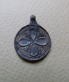 Rare Viking, Varangians neck pendant in the form of coins c century AD Viking Jewelry, Antique Jewelry, 500 Drawing Prompts, Norse Clothing, Ancient Vikings, 11th Century, African Jewelry, Dark Ages, Ancient Artifacts